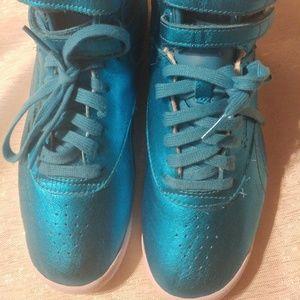 Reebok Freestyle Hi Top Metallic Sneaker Blue 7.5